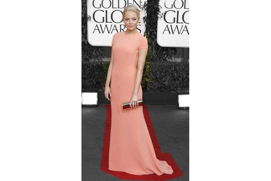 Emma Stone in longdress Calvin Klein color pesca