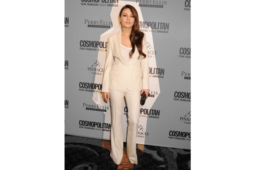Mila Kunis in tailleur bianco