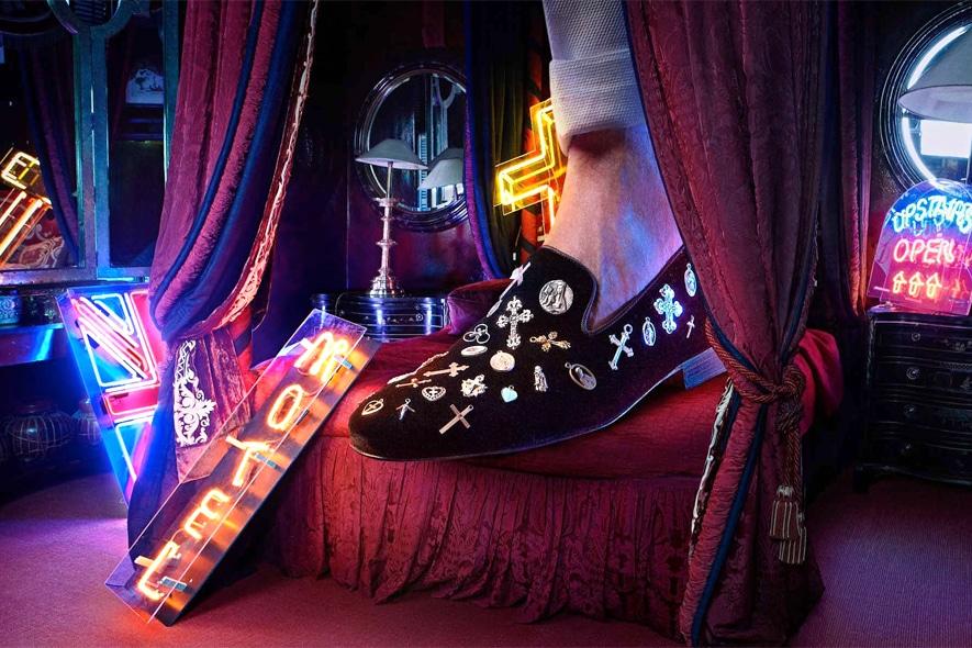 Louise Leeman pantofola medagliette
