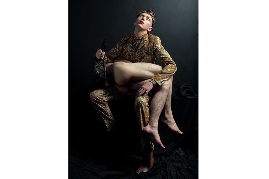 Self Portrait by Matthew Stone Oriental exhibition 54th Venice Biennale