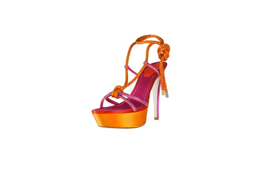 8 scarpe 885×590