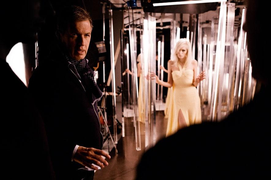 Yellow Diamond Versace backstage 02