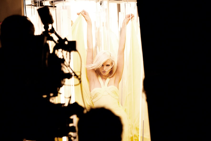 Yellow Diamond Versace backstage 05