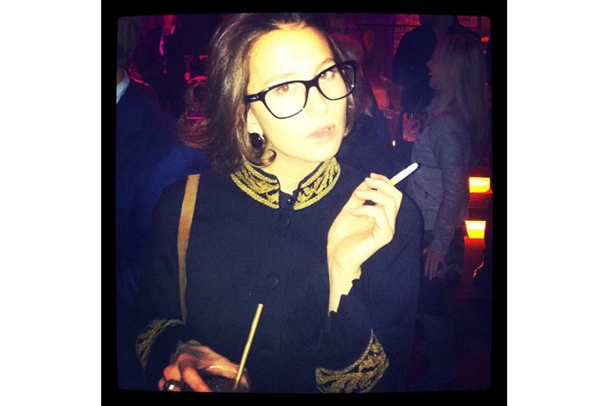 Agnese likes her dolcegabbana glasses because they are essential. s itgdetail1220