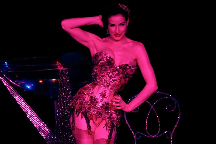 Dita Von Teese burlesque 02