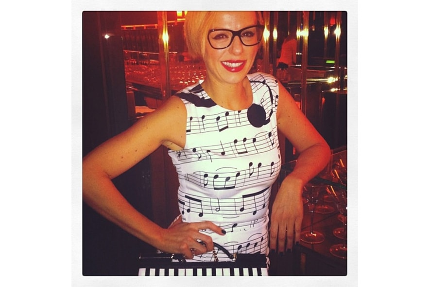 Natasha Slater thinks she s a Rock n roll secretary in her dolcegabbana glasses and notes s itgdetail1220
