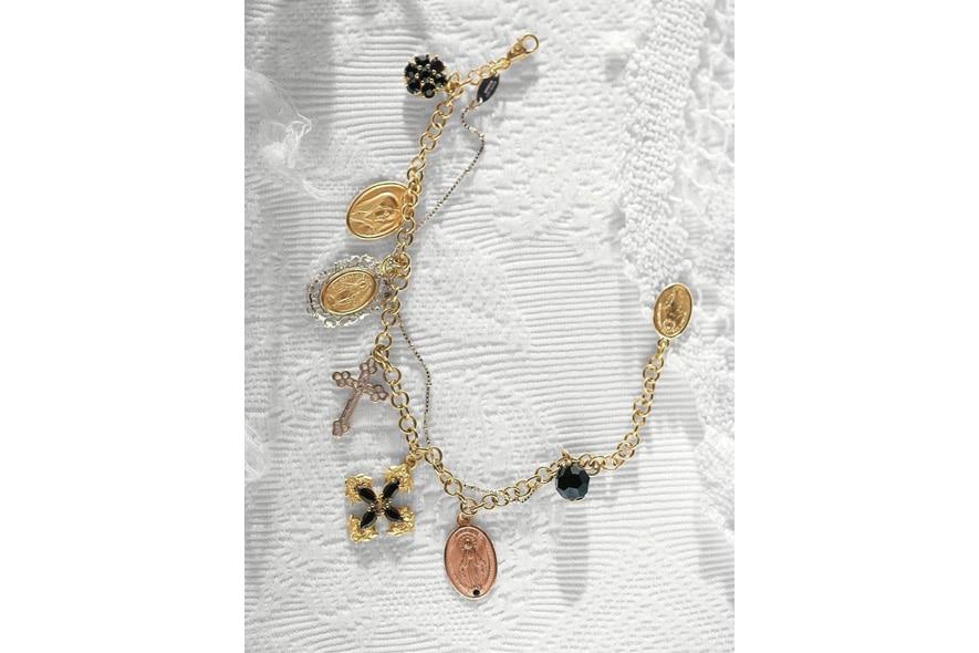 1 DG Jewellery Gallery 885×590