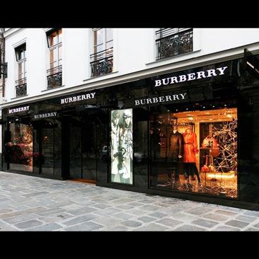 Burberry nella Ville Lumière