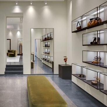 La prima boutique di Vionnet a Milano