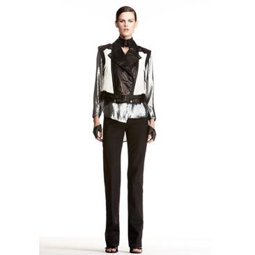 Lagerfeld svela la collezione Karl