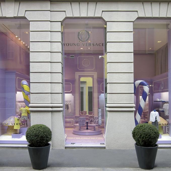 Versace Young apre a Milano