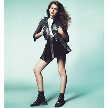 Mini top model per Young Versace