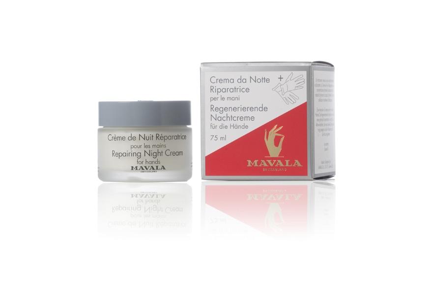 L'acido ialuronico è l'ingrediente principale della Creme de nuit reparatrice di Mavala