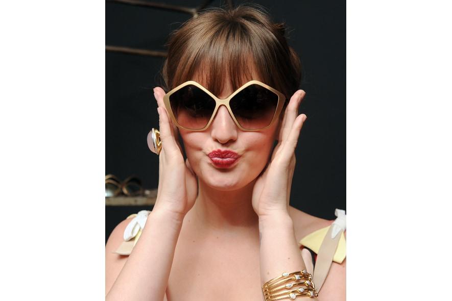 Leighton Meester Culte Sunglasses Miu Miu Womens Tales 3