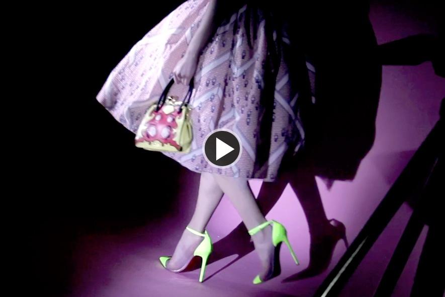 Video: Bambole Tecno