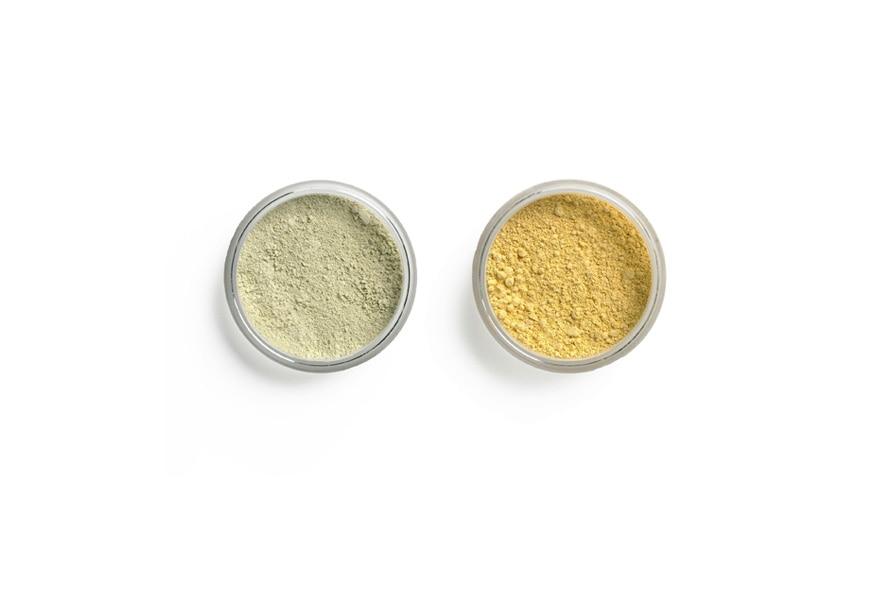 Blush away e Peepo, i due correttori verde e giallo di Lily Lolo