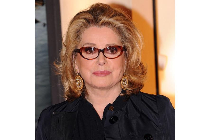 È una delle donne più belle del mondo l'attrice francese Chaterine Deneuve