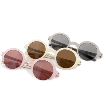Occhiali tondi e colori delicati per Mykita