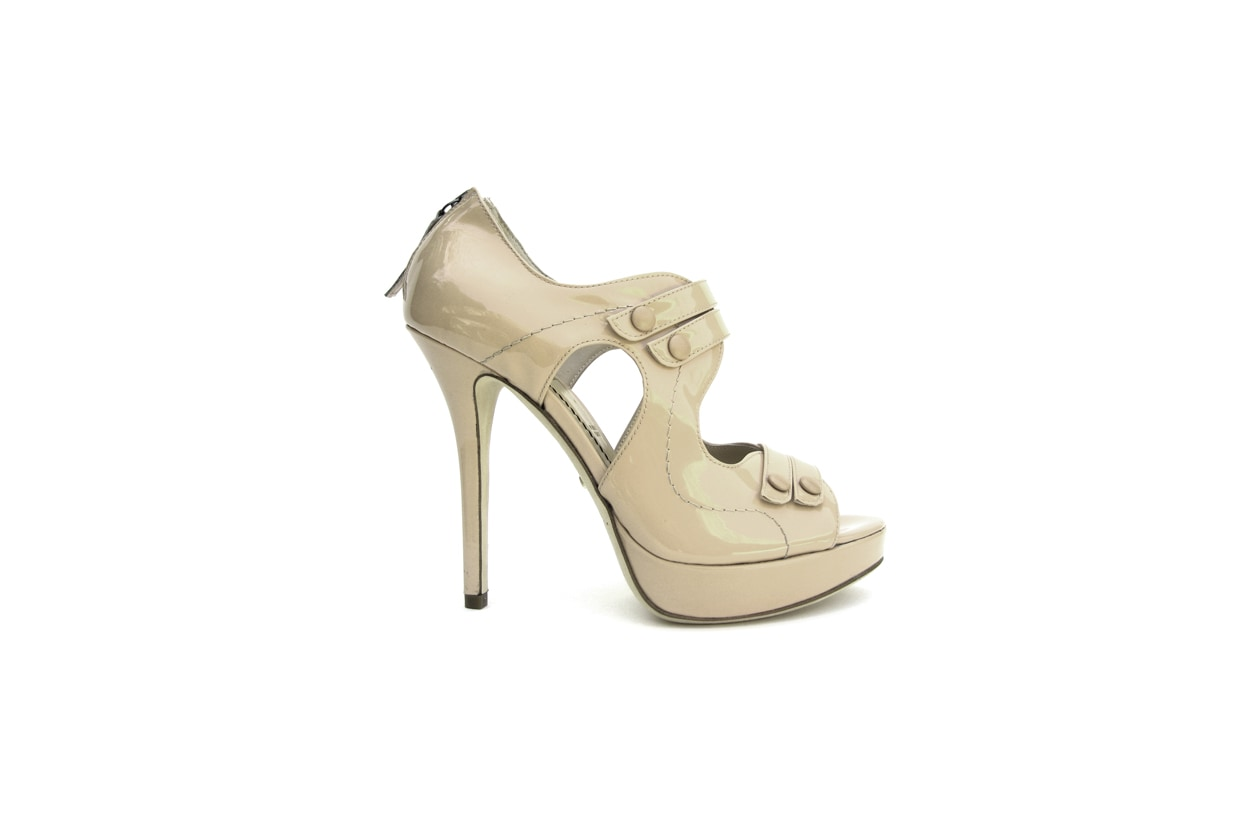 14 TRACY   Nude patent