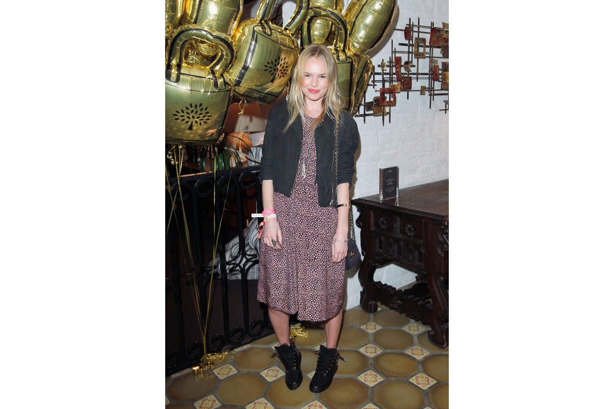 Kate Bosworth in Panel Dress in Multicolor Ditzy Daisy, Mulberry Sneaker in Black Studded Leather Carrying Mini Lily with Tassels in Ink Blue