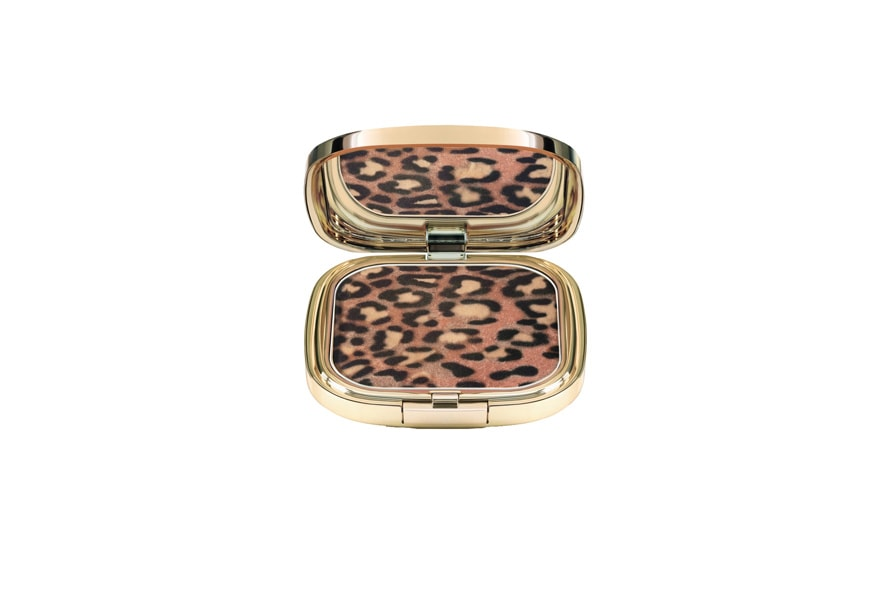 L'Animalier Bronzer di Dolce&Gabbana ha una bellissima stampa maculata ed è composto da polveri iridescenti in tonalità diverse