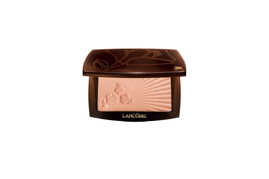 Lo Star Bronzer di Lancôme è pensato per le donne che cercano un effetto iridescente che non perda tono durante la giornata