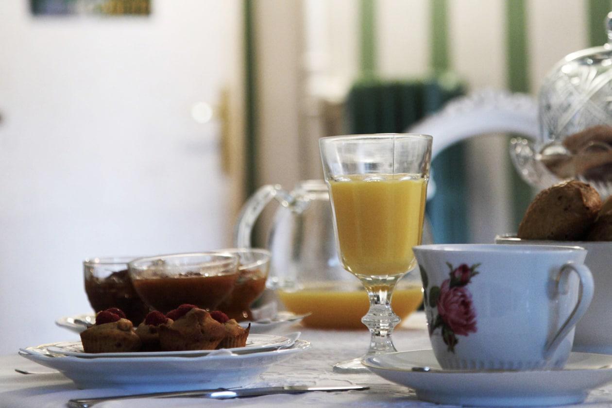 Colazione in Piazza Castello  la colazione da cui prende il nome il b&b
