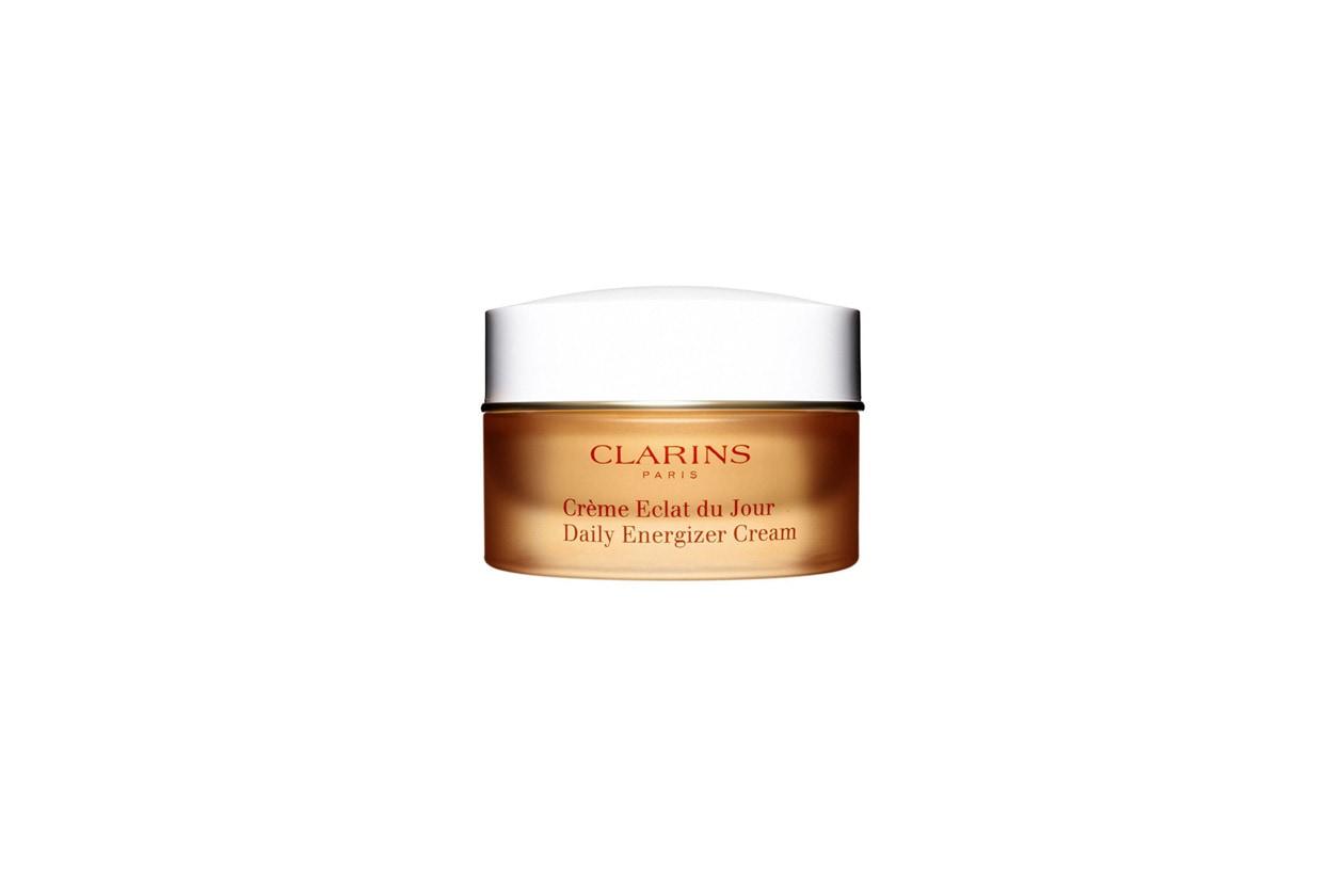La Crème Eclat du jour di Clarins assicura una idratazione equilibrata per tutta la giornata