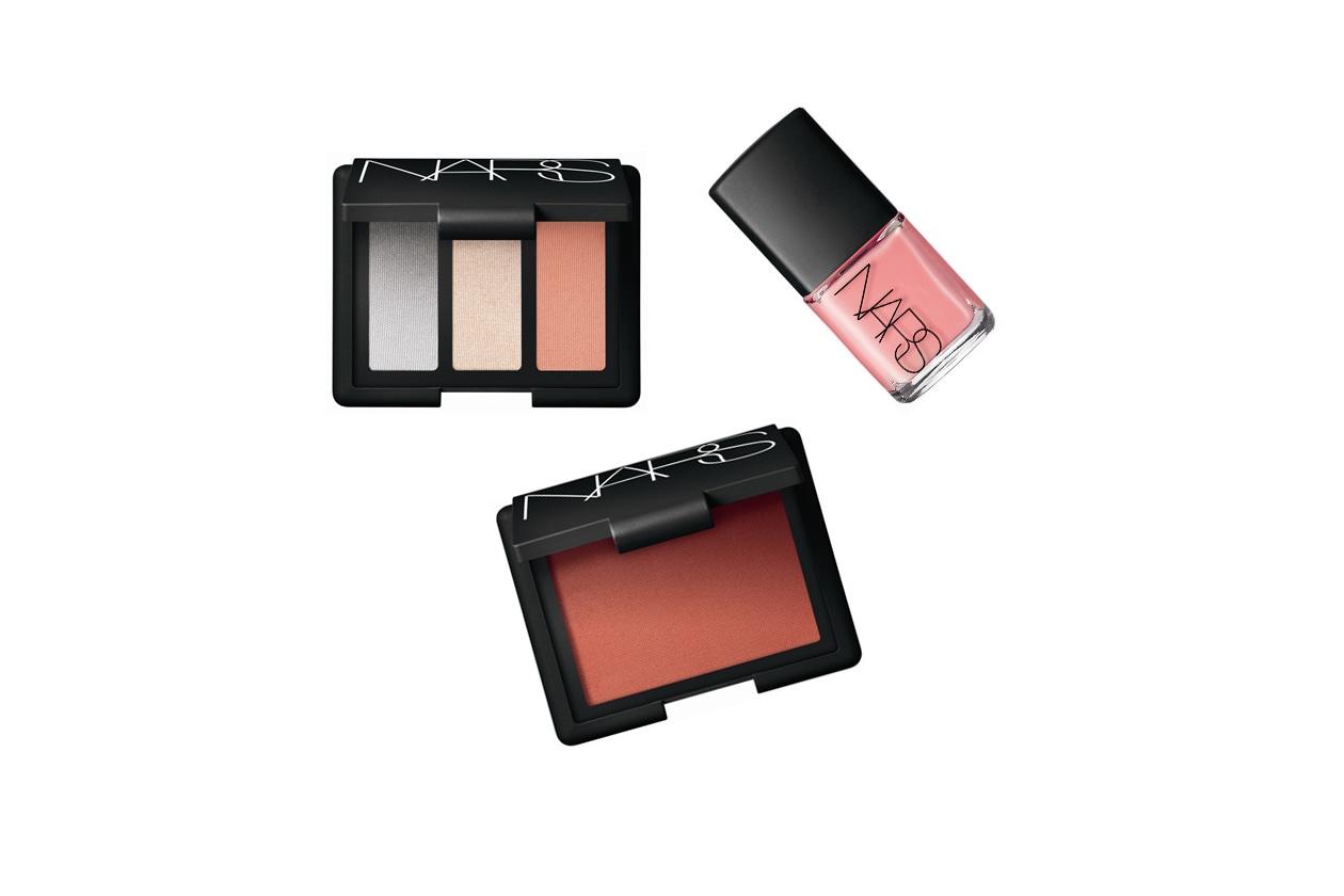 La palette Ramatuelle Trio Eyeshadow, il blush Douceur e lo smalto Trouville sono i must have della collezione p/e by Nars