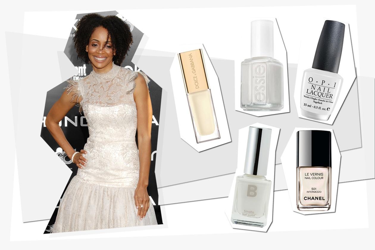 Latharsha Rose sceglie uno smalto bianco dall'effetto perlaceo (Dolce & Gabbana – Opi – Essie – B by Limoni – Chanel)
