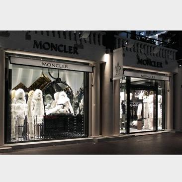Moncler sbarca a Cannes
