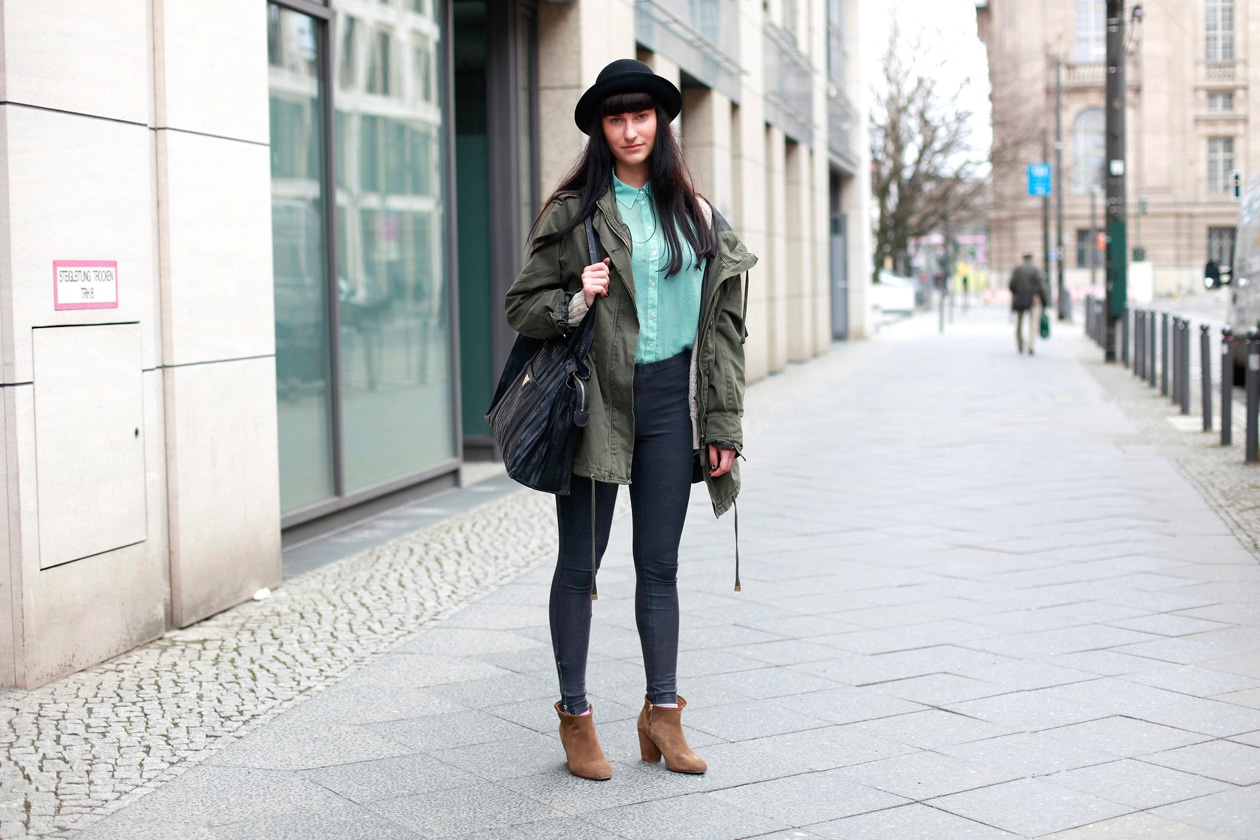 Small Berlin Street Style 250412 010