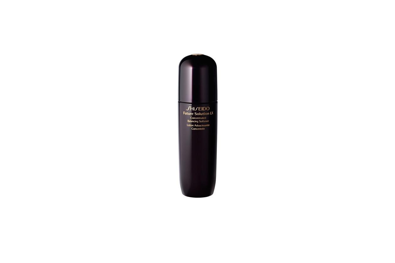 Una lozione addolcente e allo stesso tempo idratante: Future Solution LX di Shiseido è frutto di ben sette anni di ricerca