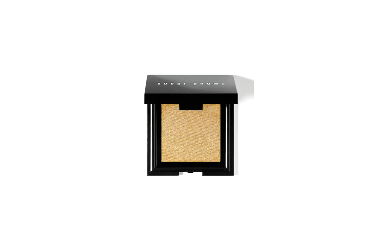10 bobbi brown gold shimmer cheek glow