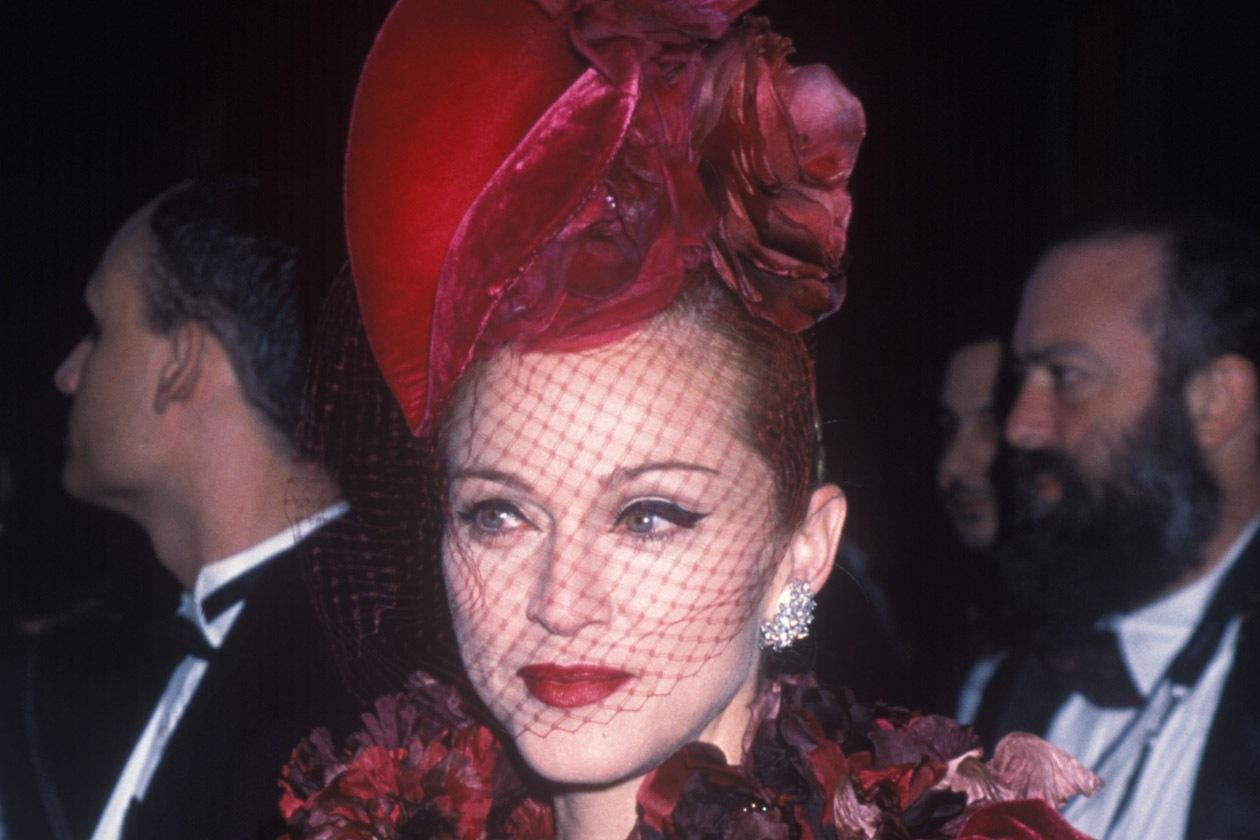 Alta 2560720 1996 Madonna