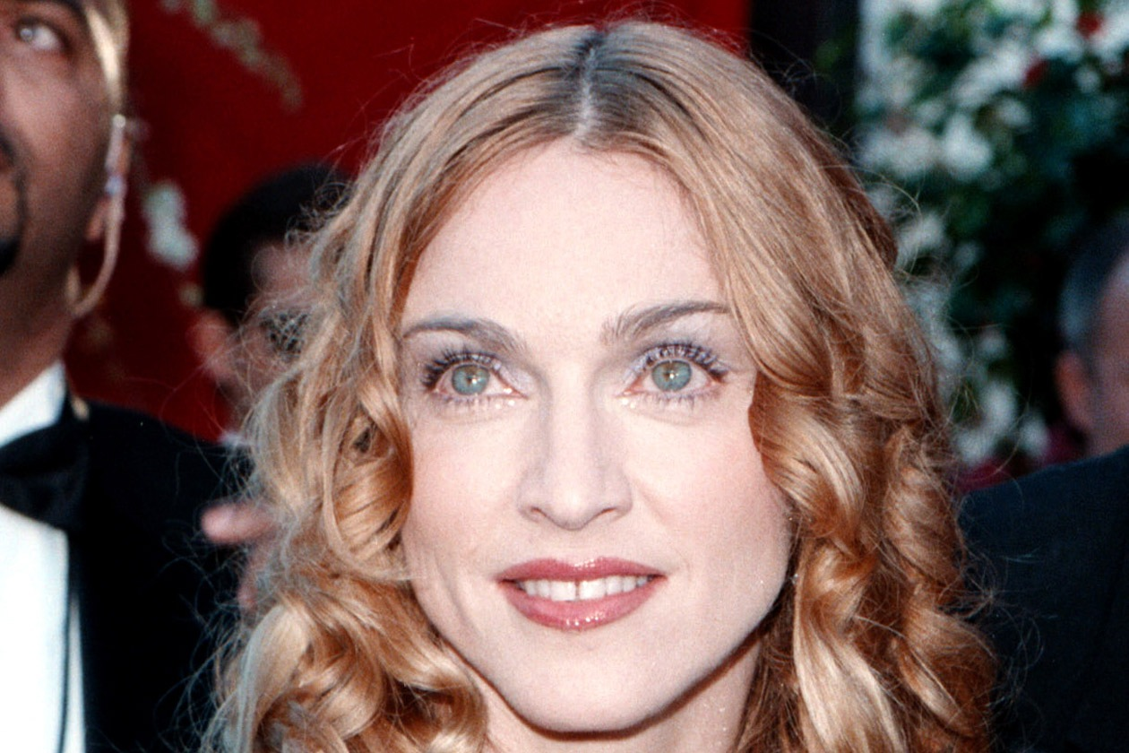 Alta 2560721 1998 Madonna
