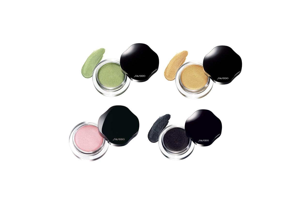 Gli ombretti in crema di Shiseido sono facilissimi da sfumare: al contatto con la pelle si trasformano in polvere e durano tutto il giorno
