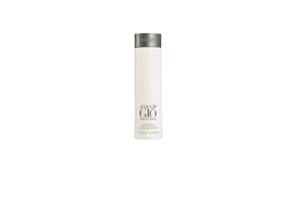 L' Acqua di Giò Homme Gel doccia di Armani riprende la famosa fragranza creata nel 1996 con note agrumate e spezie calde