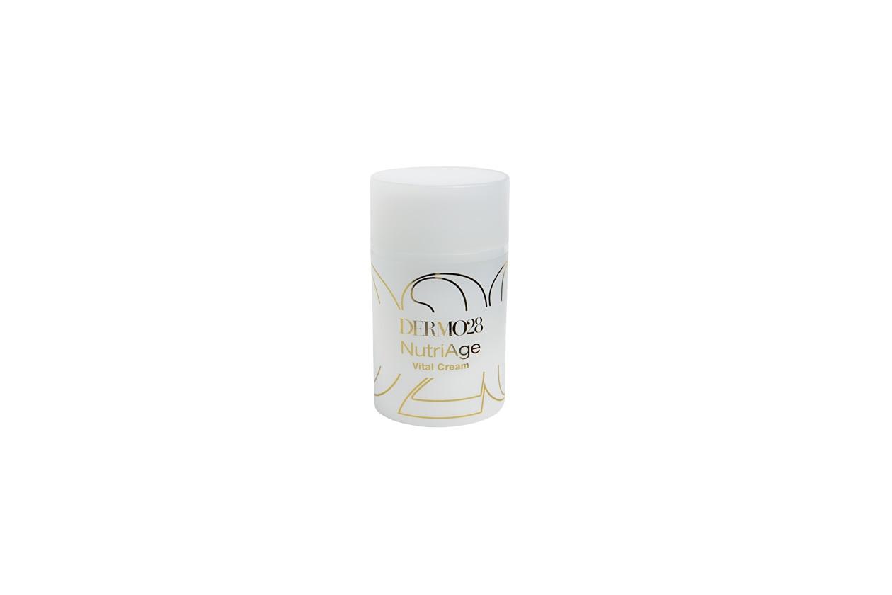 La NutriAge Vital Cream di Dermo28 ha una formula speciale che contiene Cellule Staminali Vegetali