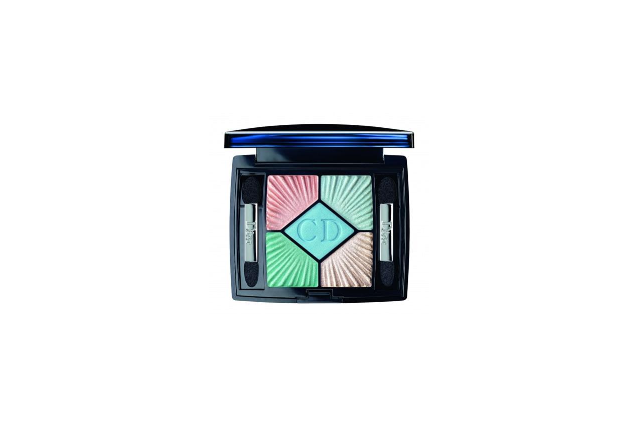 La palette Swimming Pool della collezione Croisette di Dior è ispirata ai toni del mare