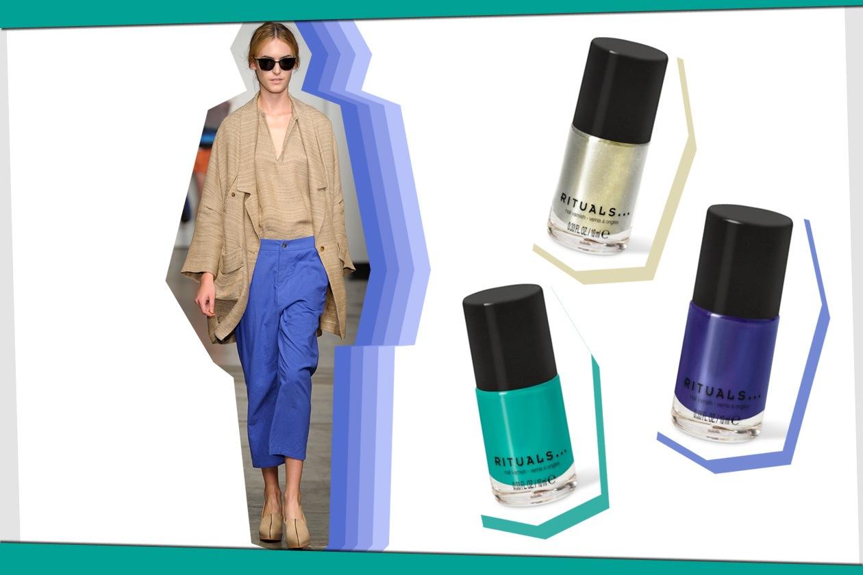 Rachel Comey punta su blu e beige. E se per il viso preferiamo un nude look, sulle mani giochiamo con i colori proposti da Rituals