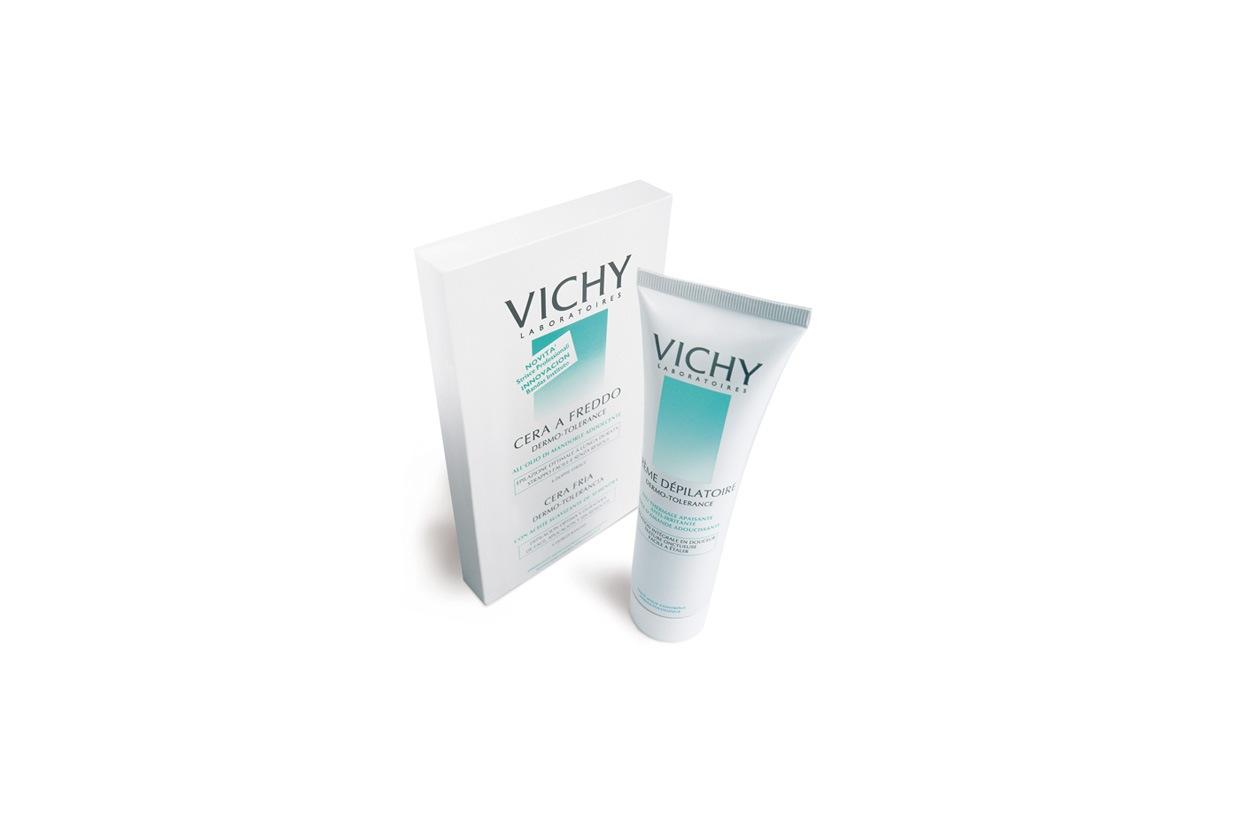 Simili a quelle utilizzate negli istituti di bellezza, le strisce della cera a freddo Dermo Tolerance Vichy aderiscono perfettamente al pelo