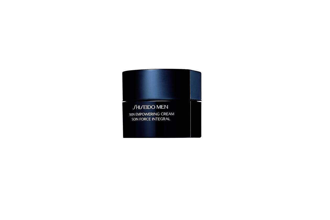 Skin Empowering Cream di Shiseido è un rinforzante anti età che regala alla pelle vitalità ed energia