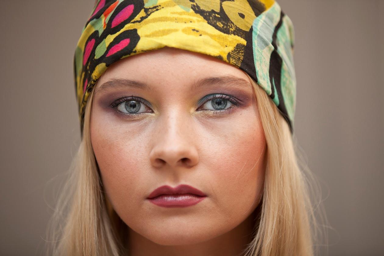 Uno dei look proposti dai make up artist di Sephora: colorato e d' ispirazione gipsy