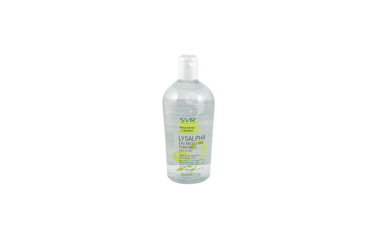 È a base di zinco e gluconolactone l'acqua micellare SVR Lysalpha, ideale per le pelli miste e grasse