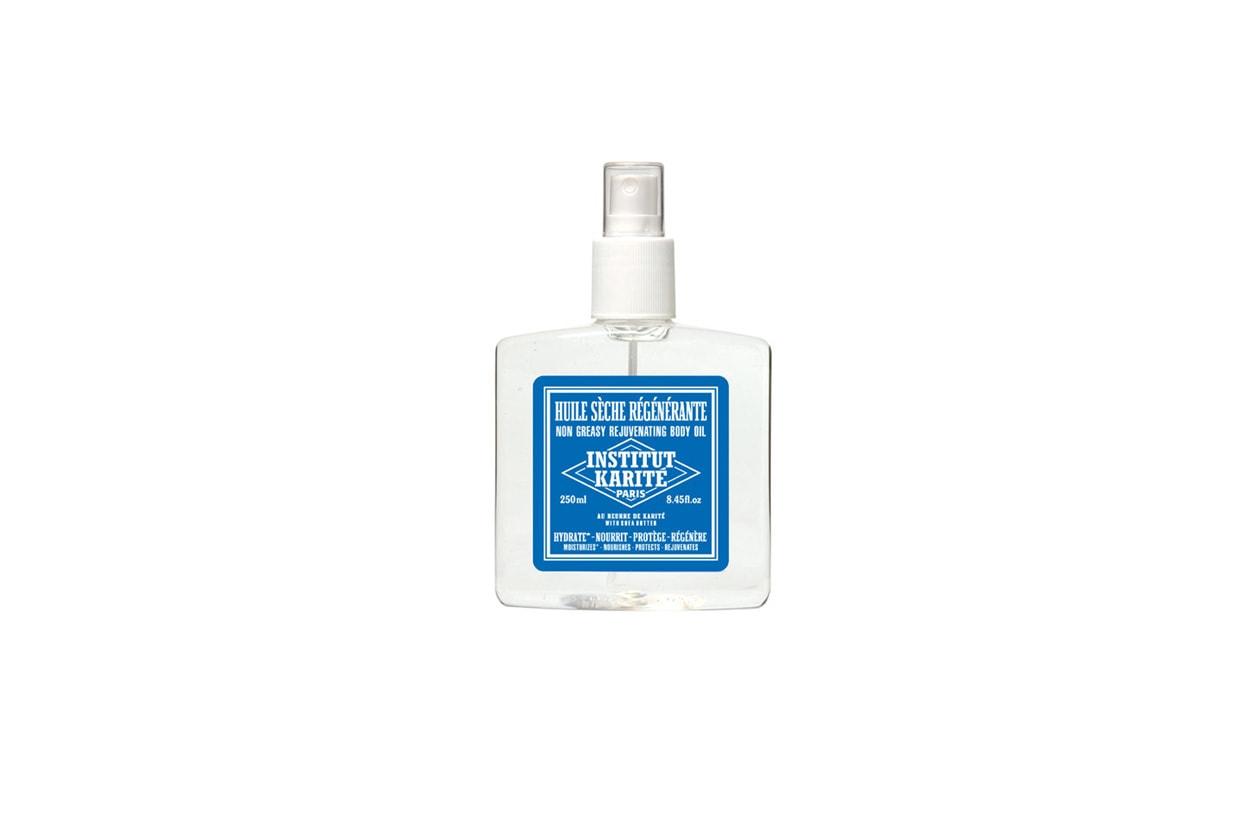 L'olio secco rigenerante dell'Istitute Karité può essere utilizzato dopo il bagno o la doccia per una pelle satinata
