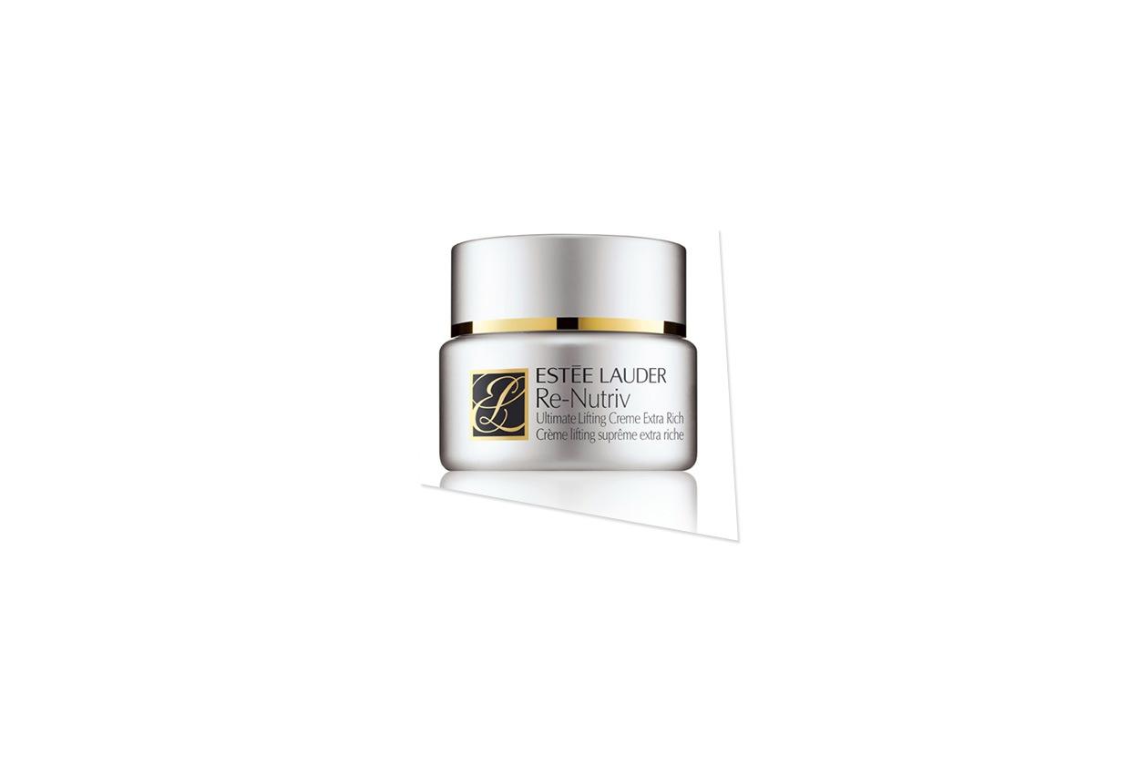 La crema Re-Nutritive Ultimate Lift Age-Correcting di Estée Lauder unisce l'azione riparatrice a quella lifting e rivitalizzante