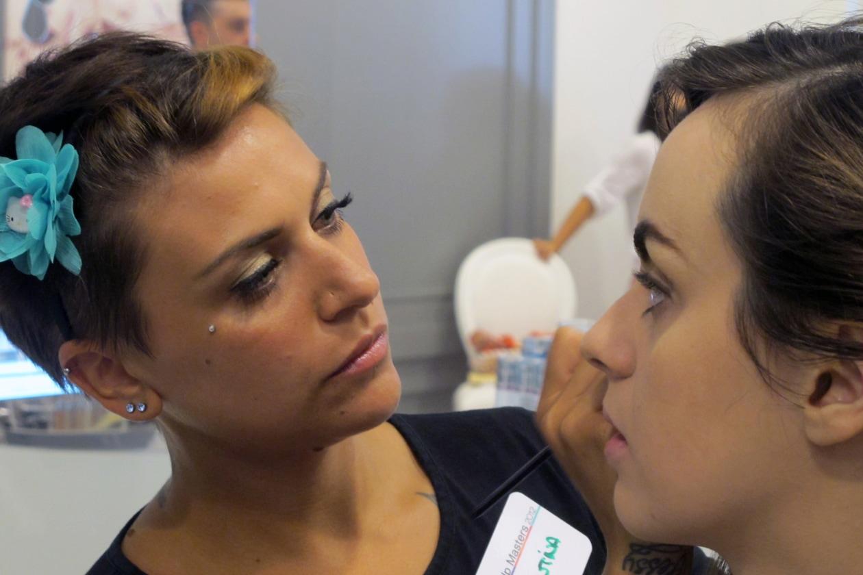 La make up artist Valentina Maffucci trucca Elisabetta DiBenedetto