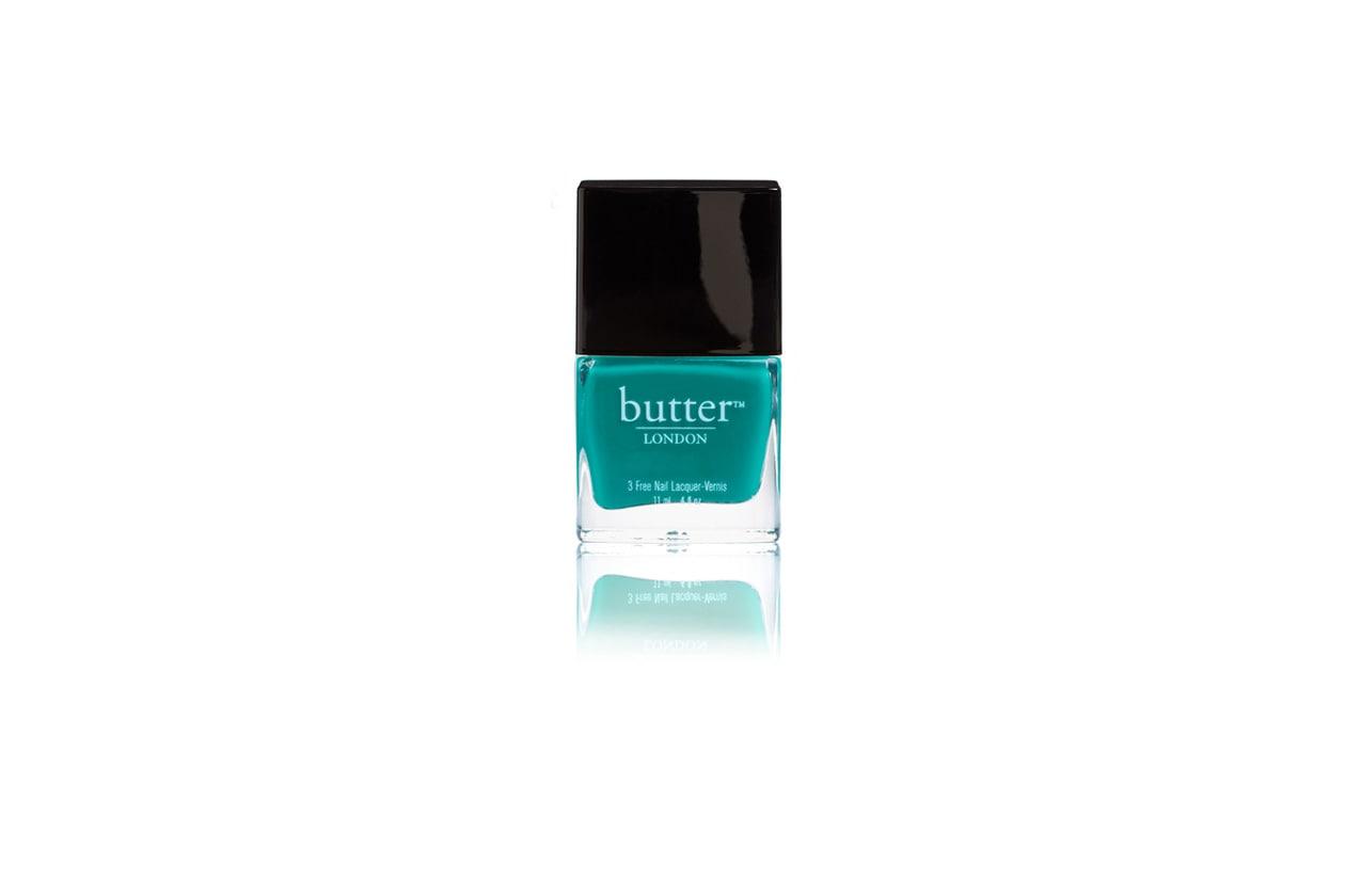 Ricordano la freschezza dell'estate e l'incanto del mare dei Caraibi gli smalti verdi di Butter London
