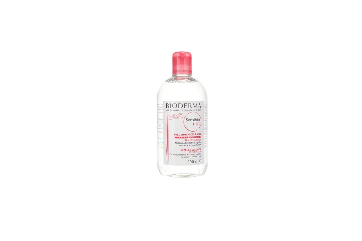 Sensibio H2O di Bioderma contiene l'estratto di cetriolo che lenisce e rinfresca anche la cute più sensibile
